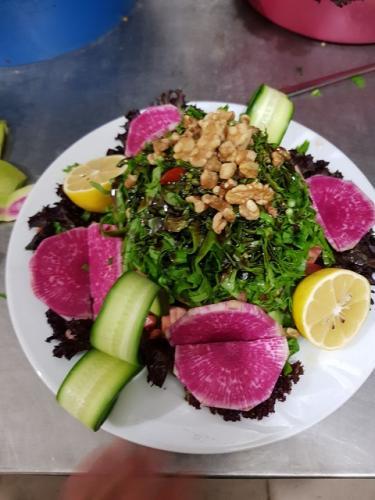 Saray Pide Salata